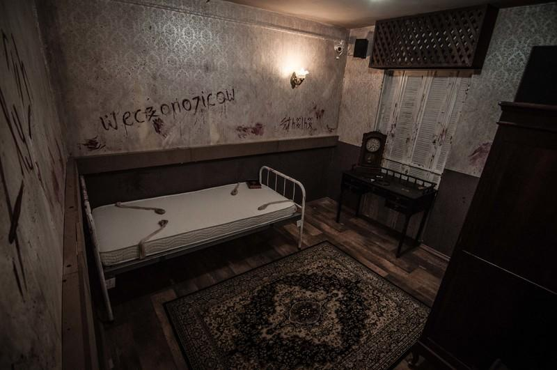 Creepy escape room that looks abandoned